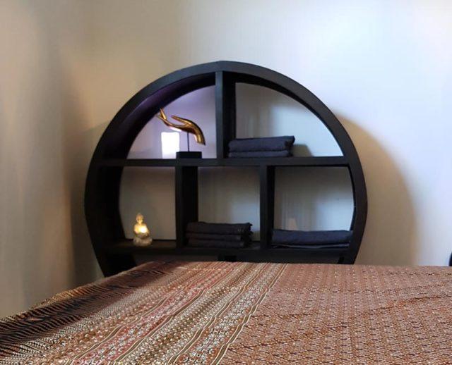 Dekorativer Massage und Entspannungsraum